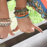 Arm party post
